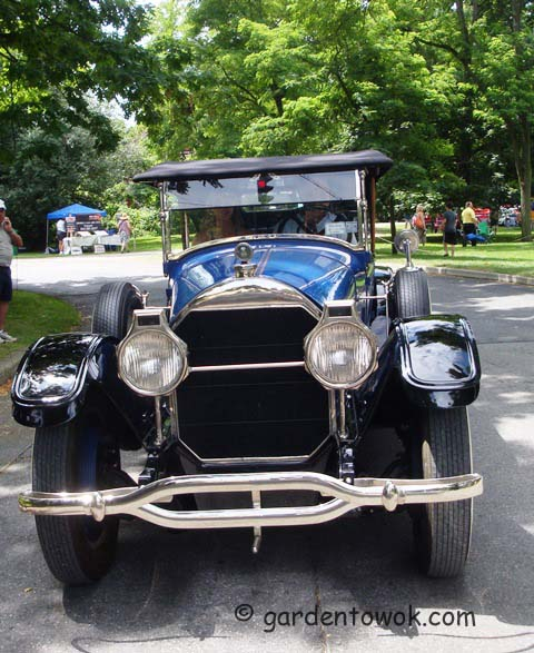 Locust Grove car show