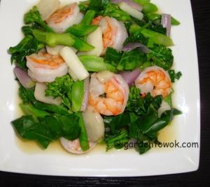 Shrimp, gai lan & sunchoke stir-fry (06002)