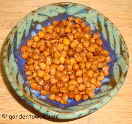 Chickpeas peas sprouts (06190)