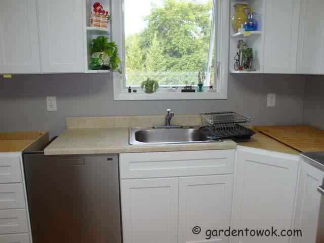 harvest monday july 21 2014 garlic harvest temporary kitchen garden to wok. Black Bedroom Furniture Sets. Home Design Ideas