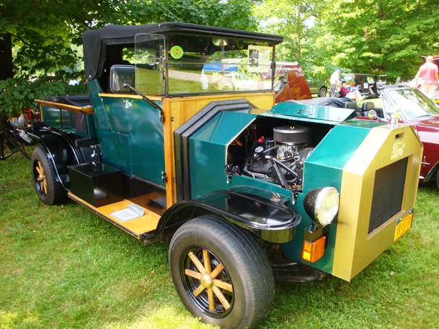 Locust Grove car show (07943)