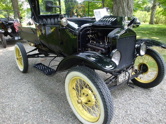 Locust Grove car show (07948)